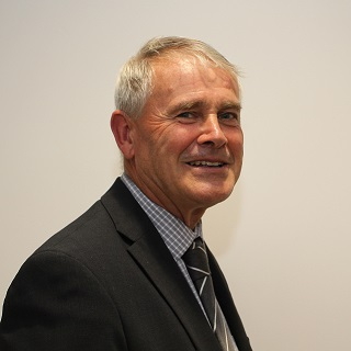 Photograph of Councillor D M Smith